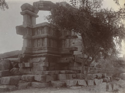General view of ruined temple, Nunar, Jhansi District 1003818
